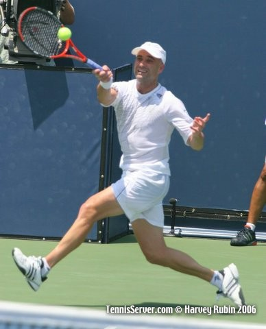 Tennis - Andre Agassi - Jim Courier