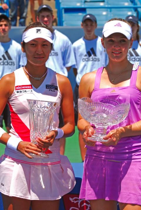 Tennis - Anna Chakvetadze (R) and Akiko Morigami (L)