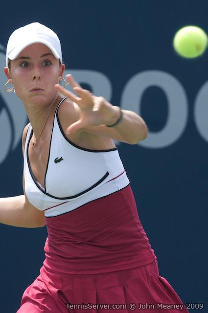 Tennis - Alize Cornet
