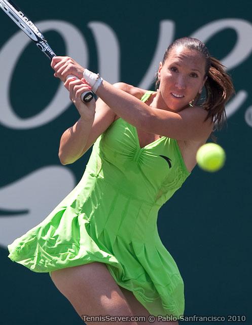 <http://www.sonyericssonwtatour.com/page/Player/Info/0,,12781%7E3932,00.html?>Jelena Jankovic Tennis
