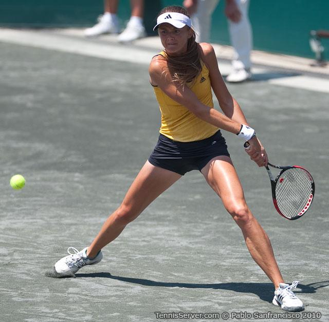 <http://www.sonyericssonwtatour.com/page/Player/Info/0,,12781%7E3589,00.html?>Daniela Hantuchova Tennis