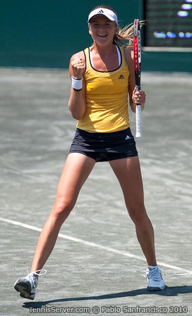 <http://www.sonyericssonwtatour.com/page/Player/Info/0,,12781%7E3932,00.html?><http://www.sonyericssonwtatour.com/page/Player/Info/0,,12781%7E3589,00.html?>Daniela Hantuchova Tennis