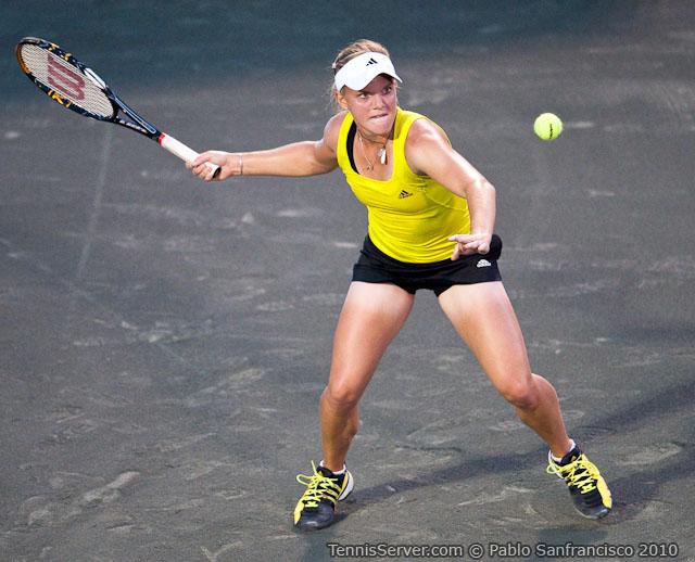 <http://www.sonyericssonwtatour.com/page/Player/Info/0,,12781%7E9376,00.html?><http://www.sonyericssonwtatour.com/page/Player/Info/0,,12781%7E13174,00.html>Melanie Oudin Tennis