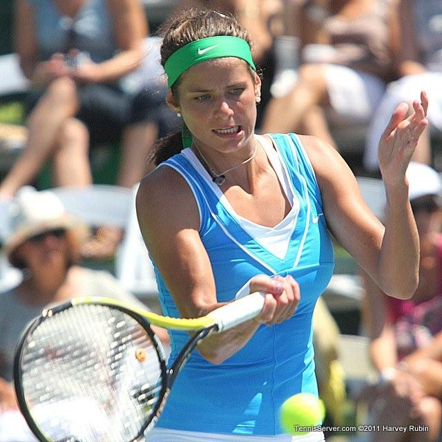 Julia Goerges 2011 Mercury Insurance Open