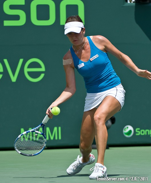 Agnieszka Radwanska 2011 Sony Ericsson Open Tennis