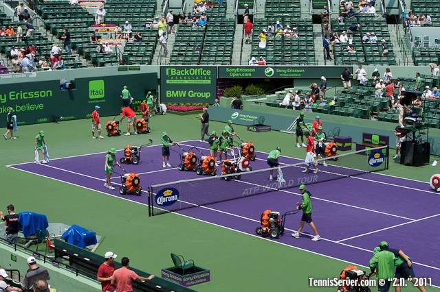 Drying the Court 2011 Sony Ericsson Open Tennis