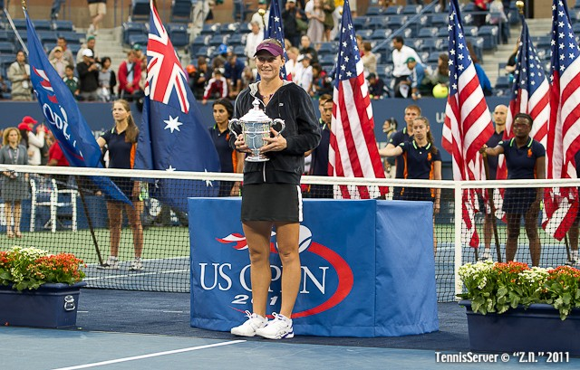 Samantha Stosur Trophy 2011 US Open New York Tennis