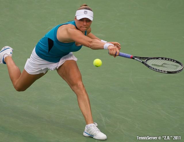 Vera Zvonareva 2011 Western & Southern Open Tennis