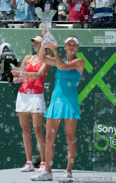 Agnieszka Radwanska Maria Sharapova 2012 Sony Ericsson Open Tennis