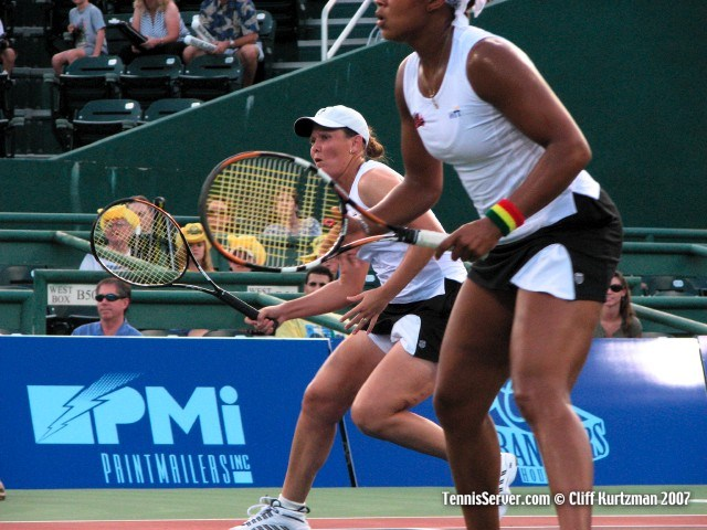 Tennis - Liezel Huber - Angela Haynes